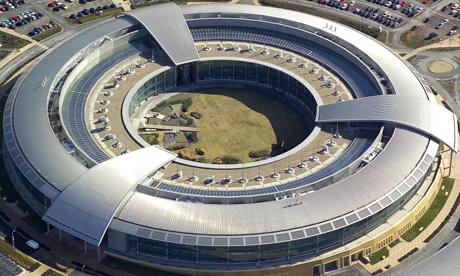 Agora é a GCHQ: Espionagens britânicas são piores que dos EUA, diz ex-agente da CIA